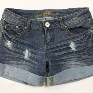 Almost Famous Women Size 7 Denim Shorts Jeans - Pr